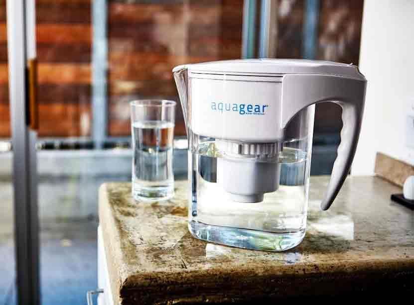 A water filter pitcher